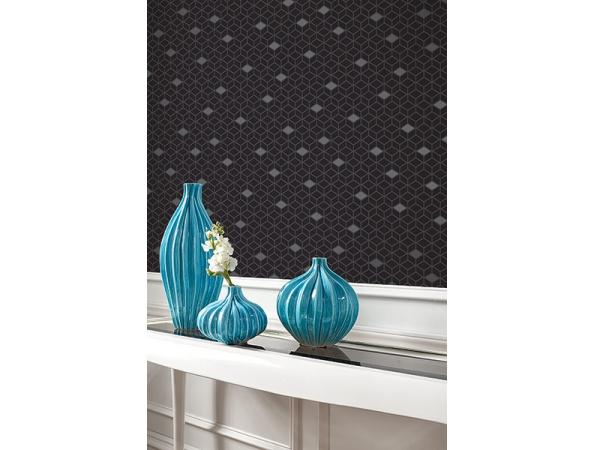 Diamonds Wallpaper Room Setting