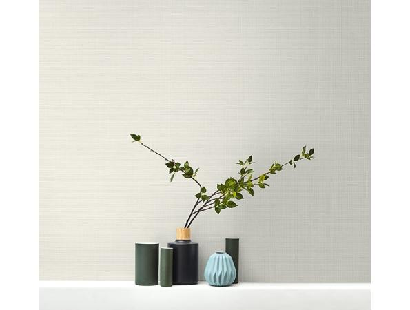 Subtle Grasscloth Textile Effects Wallpaper Room Setting