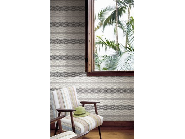 Tribal Stripe Maui Maui Wallpaper Room Setting